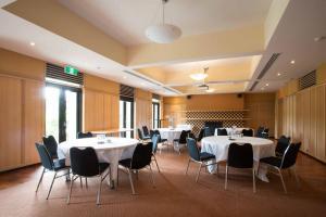 Professors' Walk - Upper East Dining Room