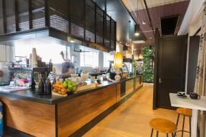 Lionel's Cafe